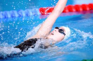 Bơi lội thúc đẩy nâng cao chiều cao