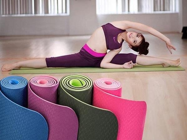Liệt kê tác dụng của thảm tập Yoga khiến bạn bất ngờ