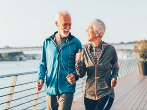 Các bài tập thể dục cho người già giúp dẻo dai, khỏe mạnh