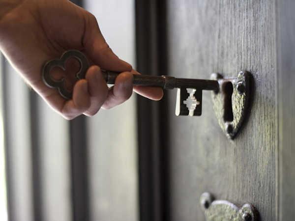 Nằm mơ thấy ổ khóa có ý nghĩa gì điềm báo tốt hay xấu