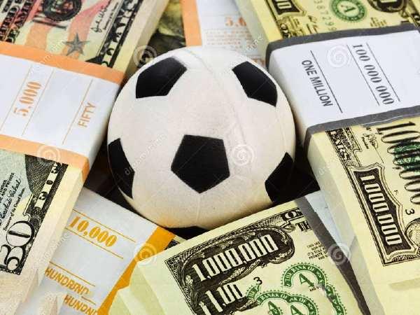 Tiền cá độ sẽ nhiều hơn số tiền kiếm được khi trở thành người chơi cá độ bóng đá